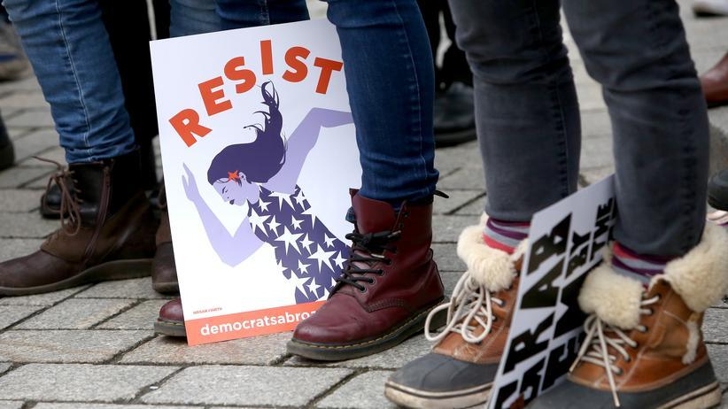Parteien: Junge Politikerinnen klagen über sexuelle Belästigungen