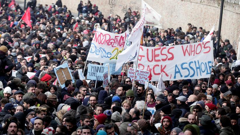 Italien: Zehntausende demonstrieren gegen Rassismus