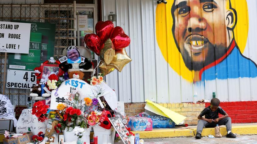 Alton Sterling: Polizist im Fall Baton Rouge entlassen