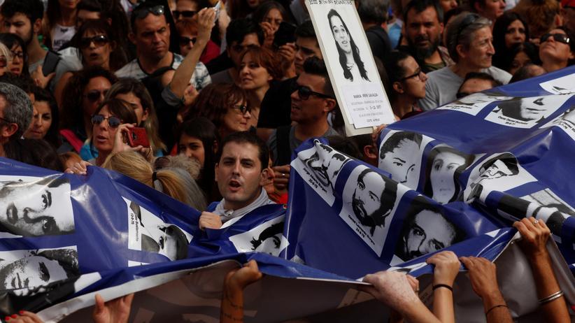 Buenos Aires: Argentinier fordern volle Strafen für Peiniger der Diktatur
