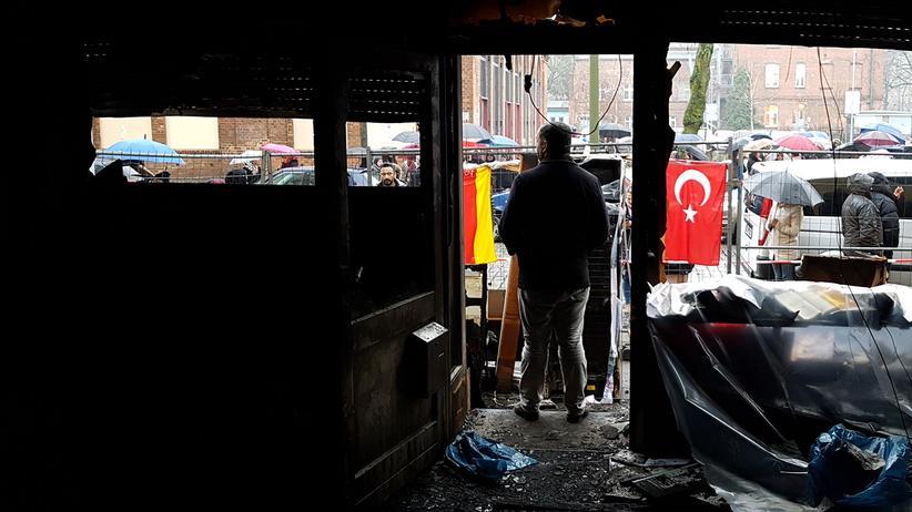 Anschläge auf Moscheen: Nach dem Feuer