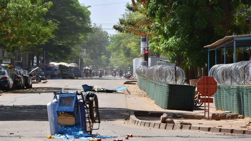 Burkina Faso : Al-Kaida-Ableger reklamiert Angriffe in Ouagadougou für sich