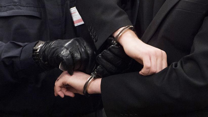 Rechtsextremismus: Razzien bei weiteren Mitgliedern der Gruppe Freital