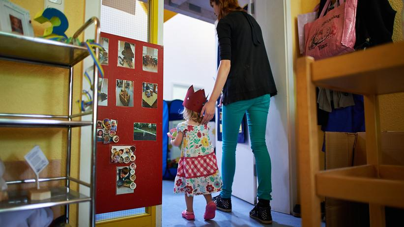 Schulpflicht: Mit drei zur Schule
