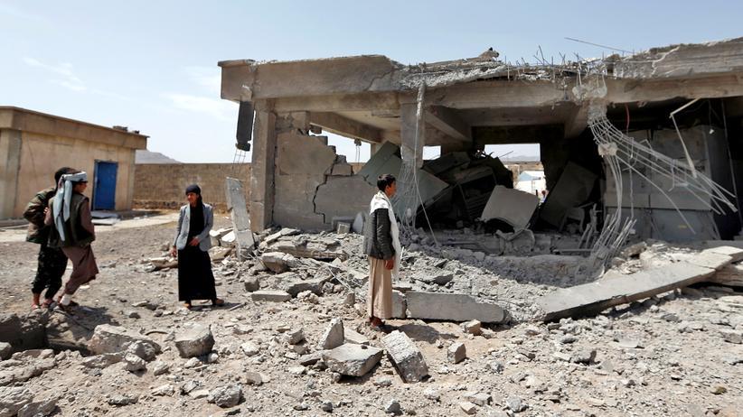 Jemen: Die jemenitische Hauptstadt Sanaa nach einem Luftangriff im April