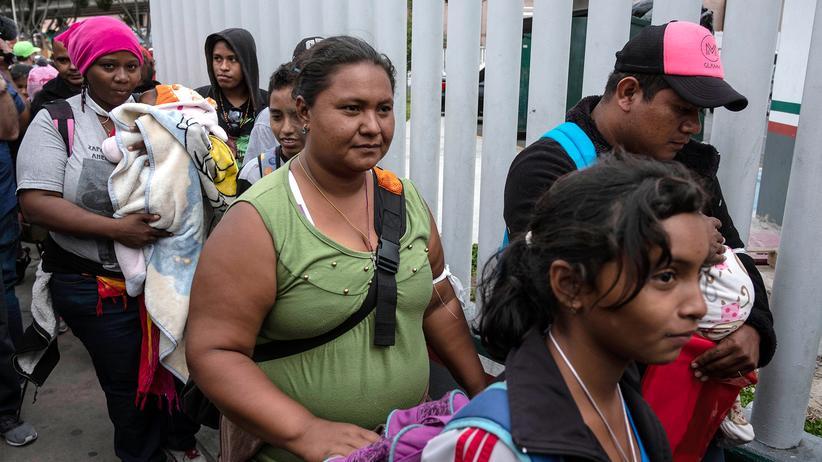 Mexiko: Mehr als 150 Menschen aus Zentralamerika erreichen US-Grenze