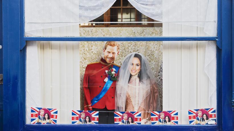 Britisches Königshaus: Eine Dekoration in einem Geschäft in Windsor