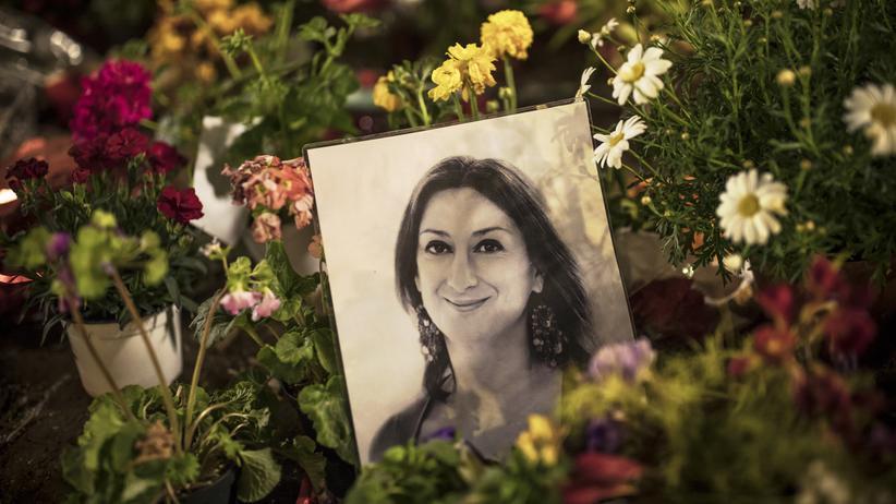 Daphne Caruana Galizia: Zeichen der Trauer in Valletta, Malta