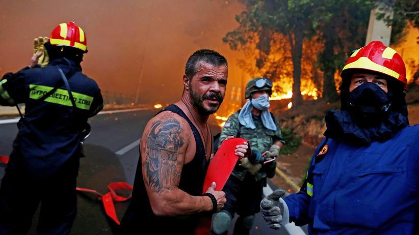 Griechenland: Mindestens 49 Tote bei Waldbränden nahe Athen