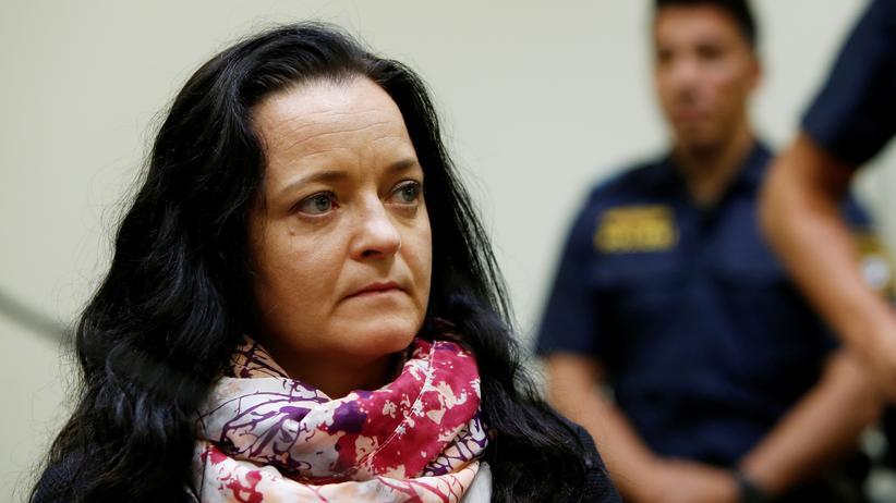 Urteil im NSU-Prozess: Beate Zschäpe zu lebenslanger Haft verurteilt