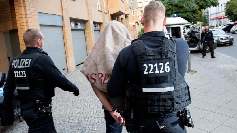 Berlin: Polizei durchsucht Immobilien von Großfamilie