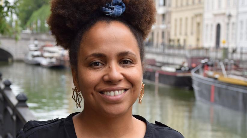 """Empowerment: """"Ich persönlich entscheide mich momentan dafür, morgen noch lebend aufzuwachen und meinen Kampf an anderer Stelle fortzusetzen"""", sagt Rassismusexpertin Tupoka Ogette."""