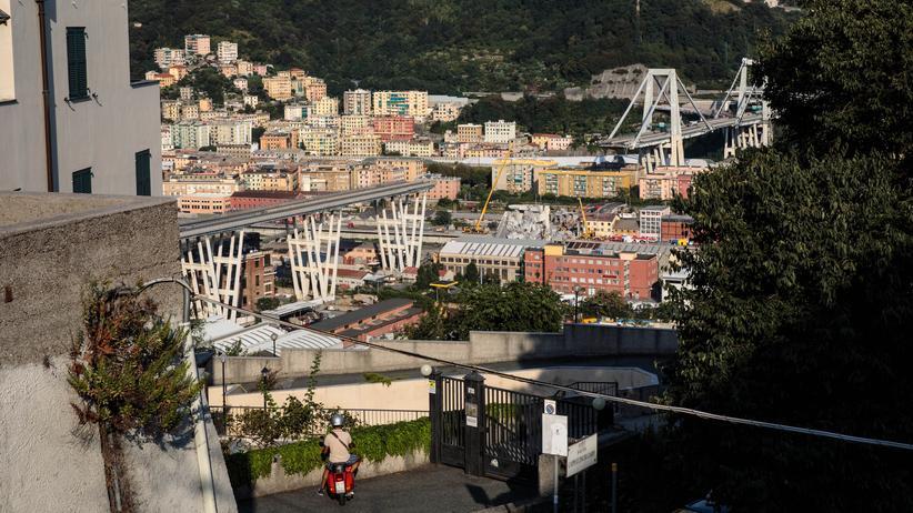 Genua: Weitere Tote nach Brückeneinsturz geborgen