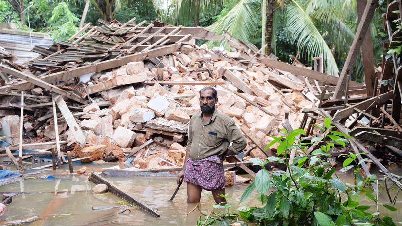 Indien: Verheerende Überschwemmungen, Hunderte Tote