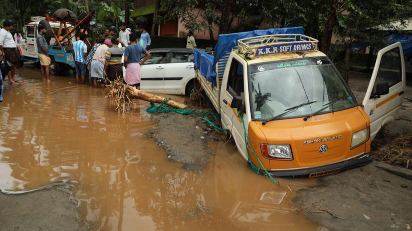 Indien: Tote und Verletzte durch Überschwemmungen