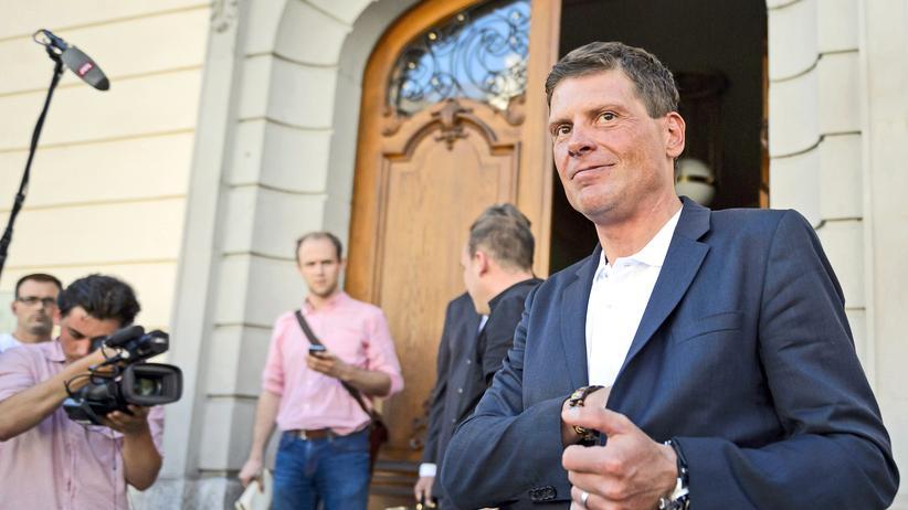 Ex-Radprofi: Jan Ullrich beim Verlassen des Gerichts von Weinfelden, wo er 2015 nach einem Autounfall unter Alkoholeinfluss vorgeladen war.