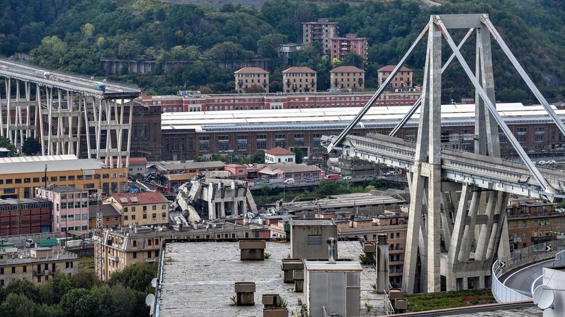 """Brückeneinsturz in Genua: Innenminister will """"Verantwortliche teuer bezahlen lassen"""""""