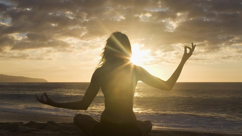 Agama-Yoga: Namaste, mein Vergewaltiger