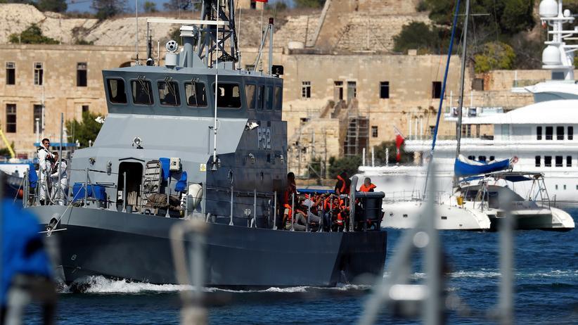 """Rettungsschiff """"Aquarius"""": Flüchtlinge gehen in Malta an Land"""