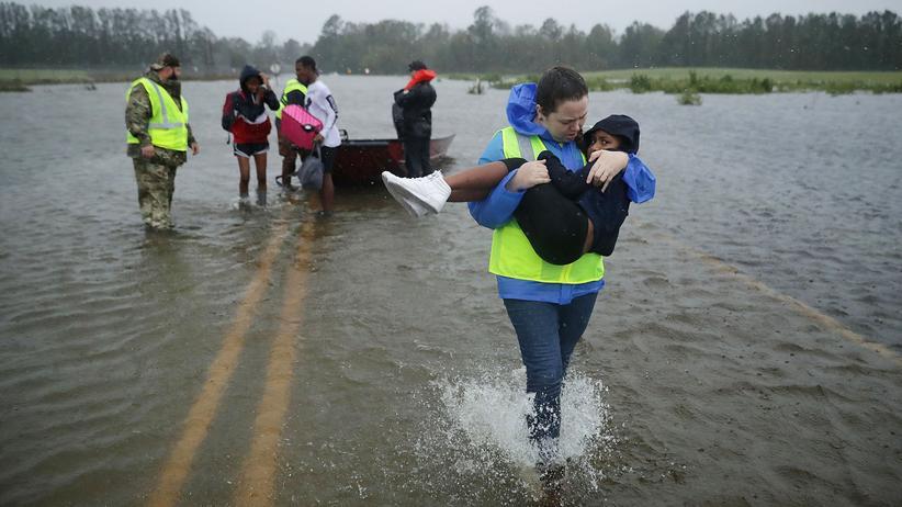 """Florence: """"Dieser Sturm ist tödlich"""""""