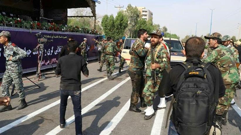 Iran: Tote und Verletzte nach Angriff auf Militärparade