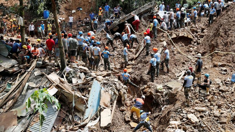 Mangkhut: 70 Menschen sterben durch Taifun