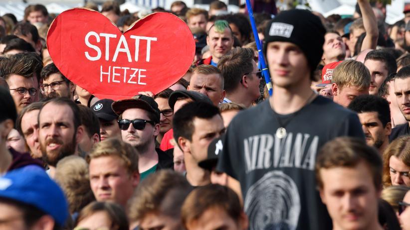 #wirsindmehr: Dezibel gegen Hass