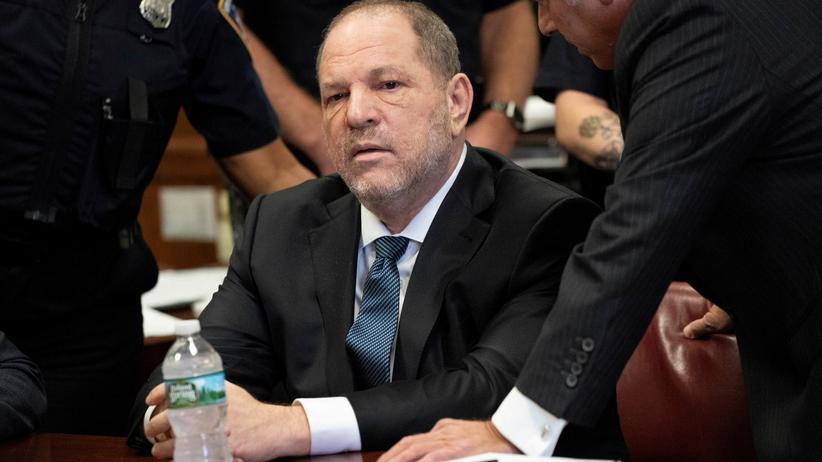 Harvey Weinstein: Staatsanwaltschaft lässt Anklagepunkt fallen