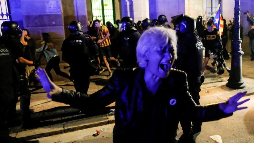 Katalonien: Ausschreitungen bei Protesten in Barcelona