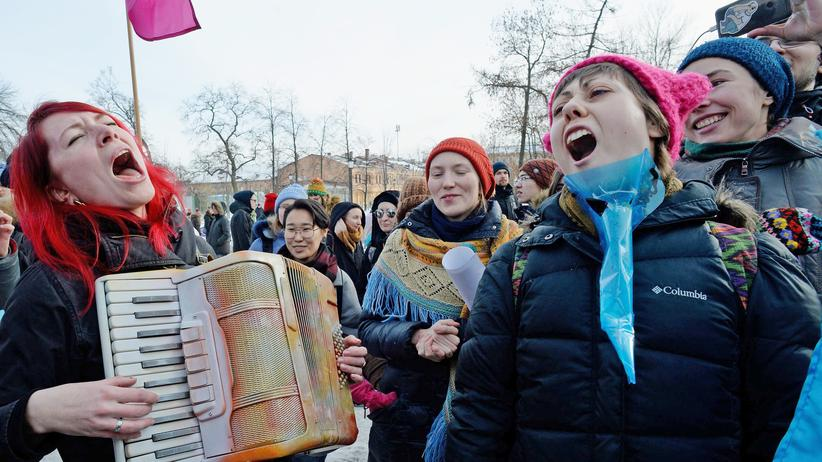 #MeToo: Demonstration am Internationalen Frauentag in Sankt Petersburg