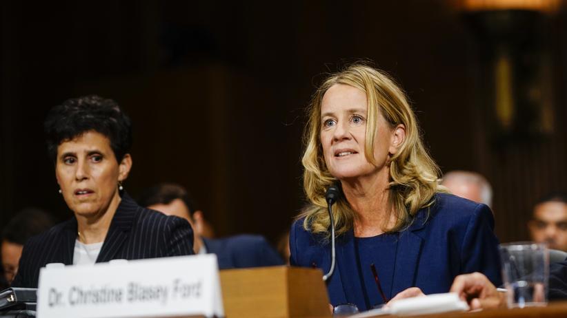 #MeToo: Christine Blasey Ford (rechts) während ihrer Befragung vor dem Justizausschuss des US-Senats
