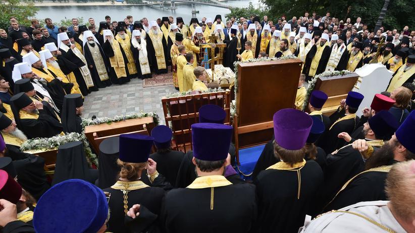Ökumenisches Patriarchat: Ukrainische Kirche soll unabhängig von Russland werden