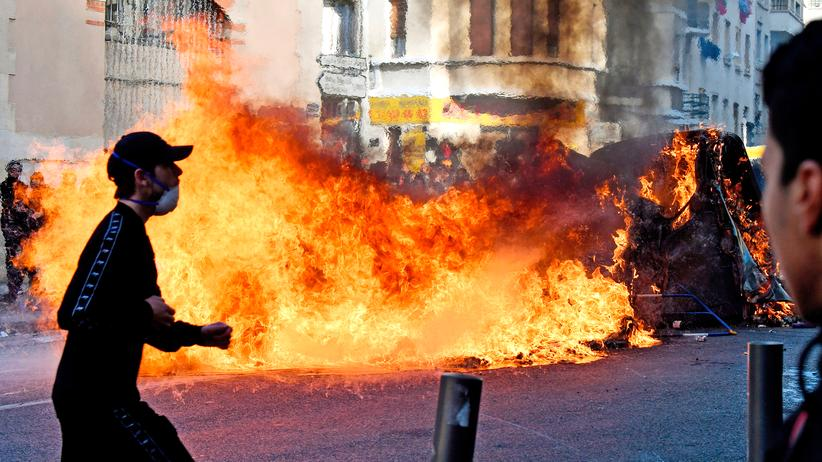 Proteste in Frankreich: Mehr als 700 Schüler bei Krawallen festgenommen