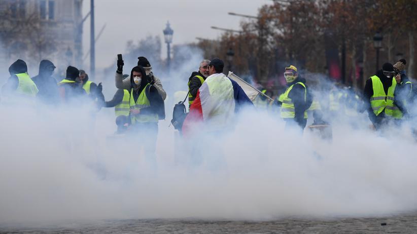 Paris: Mehr als 100 Festnahmen bei Protesten der Gelbwesten