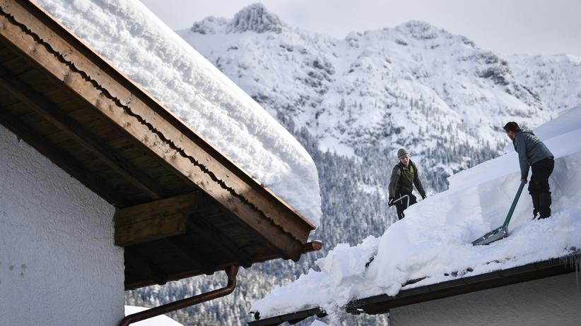 Alpen: Drei Tote nach Lawinenunglück, Schneechaos im Allgäu