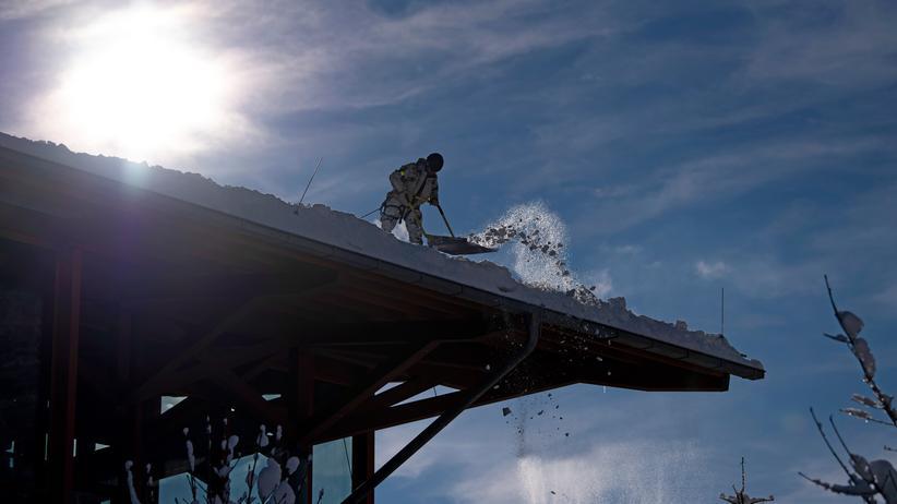 Winterwetter: Bayern schickt 500 zusätzliche Polizisten in Schneegebiete