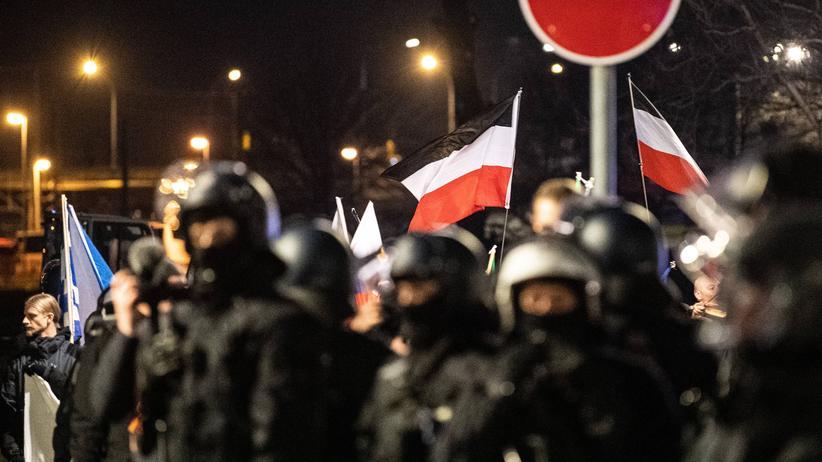 Dresden: Sieben Journalisten kritisieren Beeinträchtigung durch Polizei