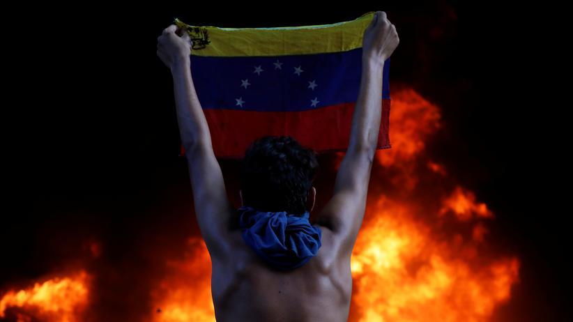 Venezuela: Nicolás Maduro lässt laut Amnesty Regierungskritiker hinrichten