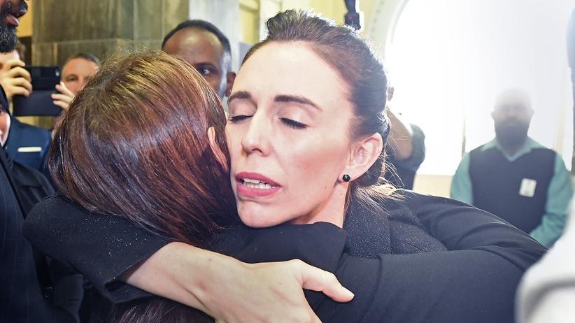 Christchurch: Die neuseeländische Premierministerin Jacinda Ardern bei einer Gedenkstunde des Parlaments in Wellington.