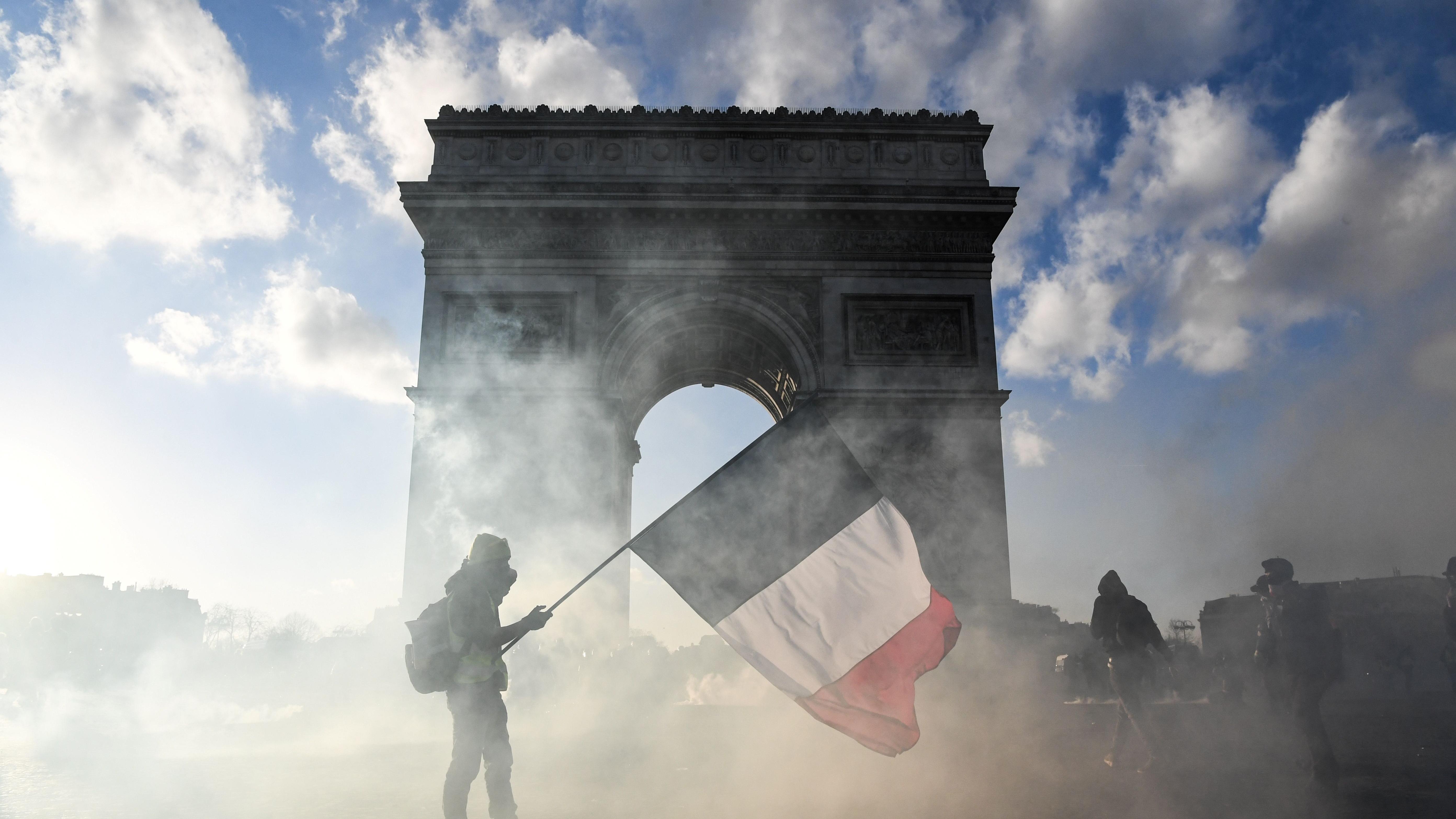 Paris verbietet Gelbwesten-Proteste an bestimmten Orten
