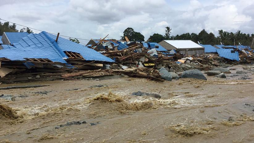 Indonesien: Viele Tote nach Sturzfluten
