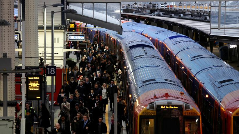 Großbritannien: Anti-Terror-Einheit ermittelt wegen Briefbomben in London