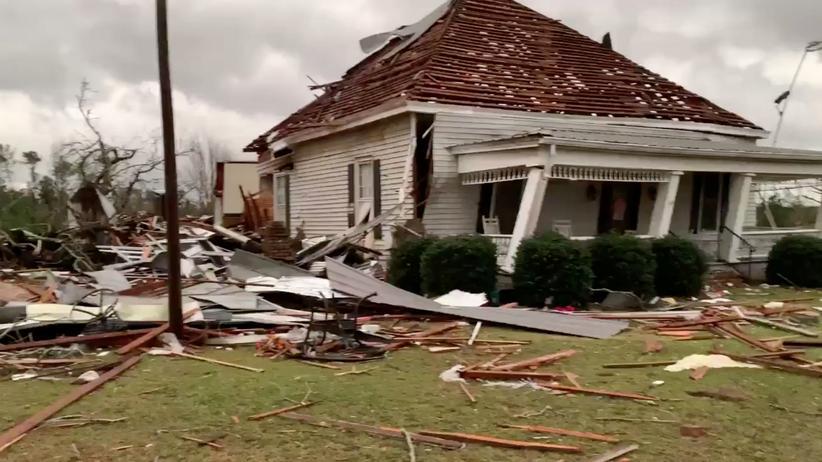 Vereinigte Staaten: Mehr als 20 Tote nach Tornados