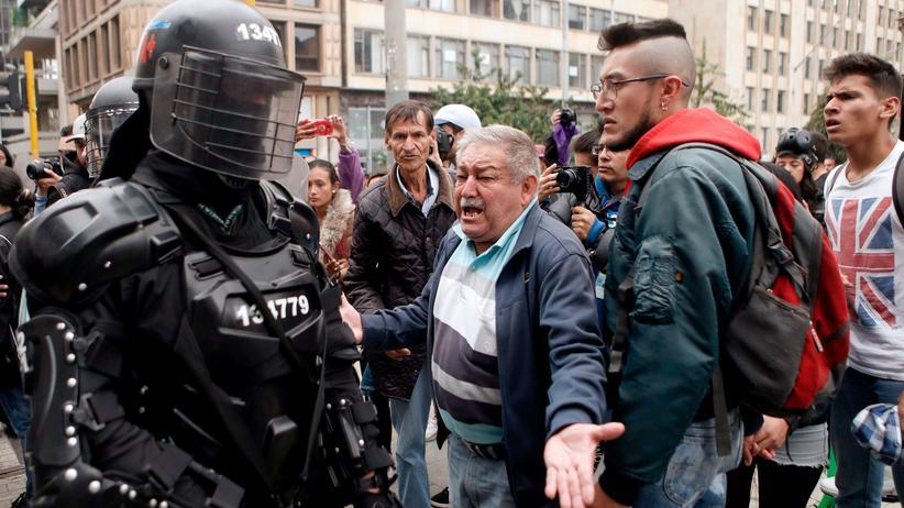 Kolumbien: Landesweite Demonstrationen gegen Präsident Iván Duque