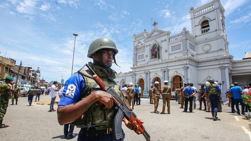 Sri Lanka: Mehrere Anschläge auf Kirchen und Hotels