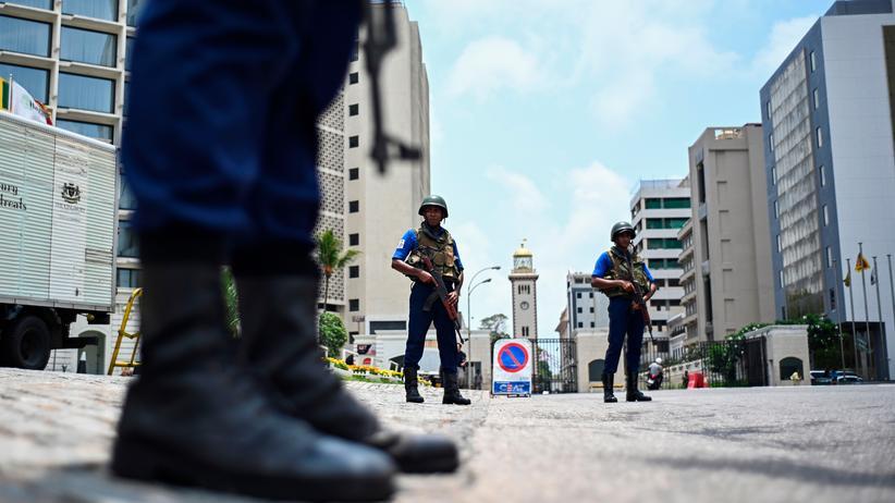 Sri Lanka: Am Ostersonntag wurden in Sri Lanka auf drei Hotels und drei christliche Kirchen Anschläge verübt.