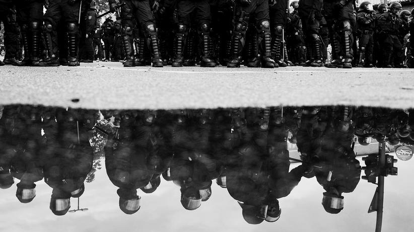 Rechtsextremismus: Wie rechts ist die Polizei?