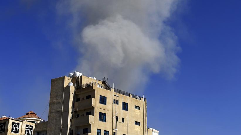 Jemen: Saudi-Arabien bombardiert Huthi-Rebellen in Sanaa
