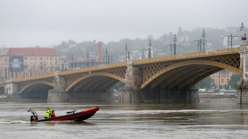 Donau: Schiffsunglück in Ungarn