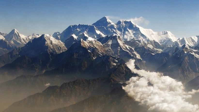 Klima: Die Himalaya-Gletscher verlieren den Wissenschaftlern zufolge in diesem Jahrhundert jährlich rund 7,7 Milliarden Tonnen Eis.